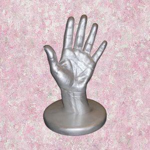 3D зліпок руки на підставці